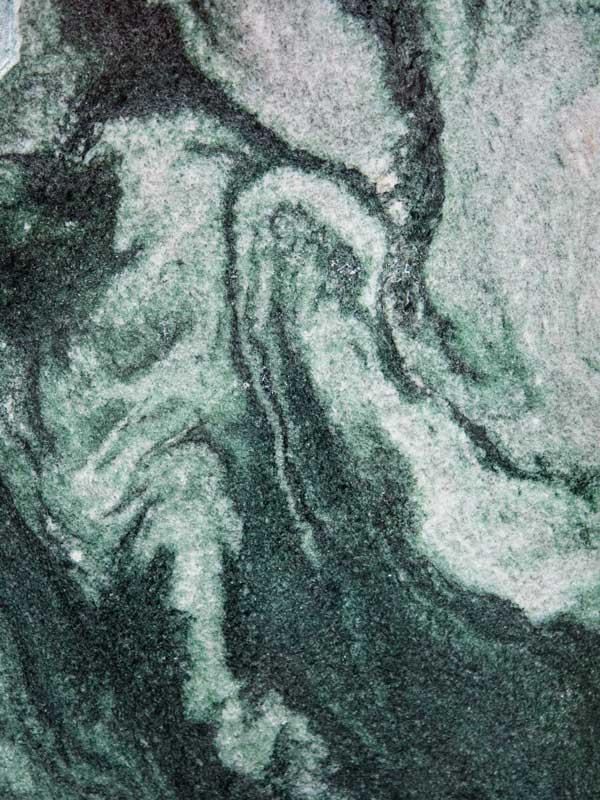 Atlantis_poliert - Material - Natursteine Schreiner - Allensbach