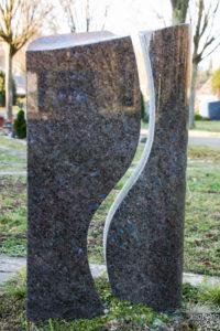 Einzelgrab_Antik-Labrador - Grabmal - Einzel und Urnengräber - Natursteine Schreiner - Allensbach