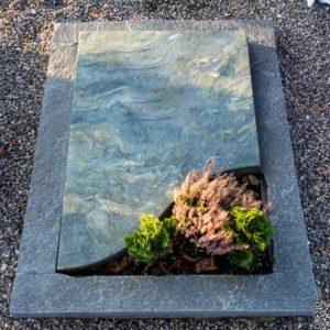 Urnengrab_Dorfer-Grün