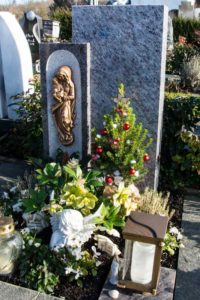 Urnengrab_Orion_Cresiano - Grabmal - Einzel und Urnengräber - Natursteine Schreiner - Allensbach